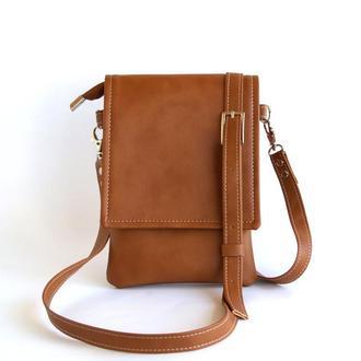 Коричневая сумочка для смартфона и документов