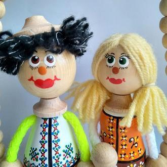 Сувенирные куклы из дерева