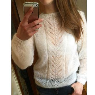 Нежный свитер из кид мохера на шёлке