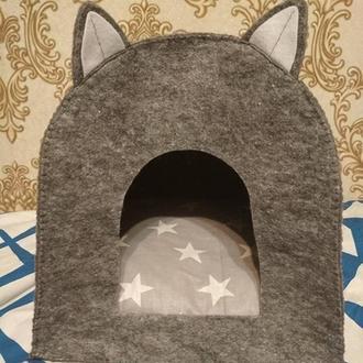 Дом для кота или для маленькой собачки