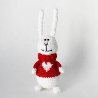 Пасхальный кролик, зайчик с сердечком, Кролик на Пасху, вязанная игрушка ребенку