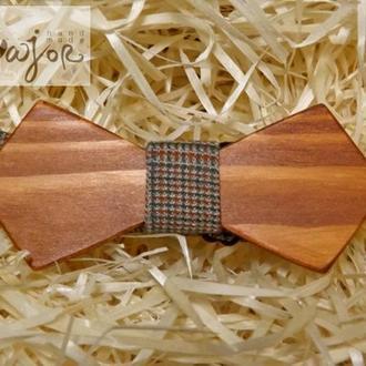 Детские галстуки и бабочки