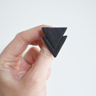 Значок - брошь Треугольники. Геометрическая коллекция.
