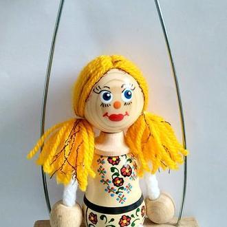 Кукла сувенирная на качелях