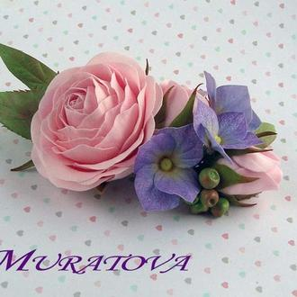 Цветочная композиция с розами и гортензиями