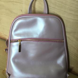 Розовый кожаный городской рюкзак