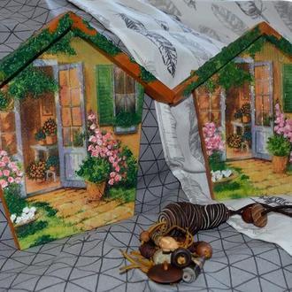 Декоративное панно - домик