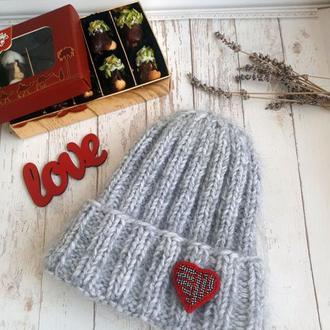 Шапка светло-серая, очень теплая, такори, шапка бини, с отворотом