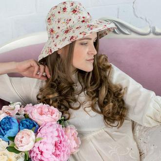 Льняная шляпа в цветы