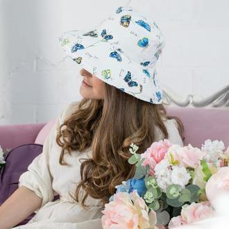 Шляпа из льна с бабочками