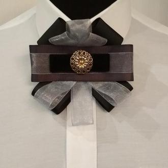 Подарок на 8 Марта Галстук-брошь (чёрно-серый)