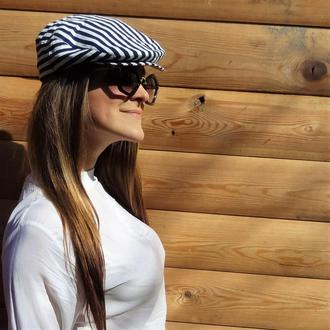 Дизайнерская кепка в полосочку из льна