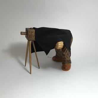 """Коллекционная статуэтка """"Старый фотограф"""""""