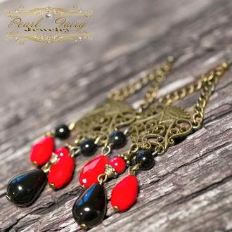 Довгі сережки з короною, натуральними чорними агатами та коралами