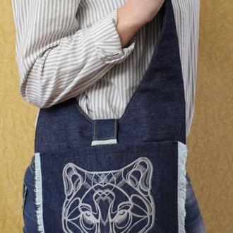 """Джинсовая сумка с вышивкой """"Wolf"""""""