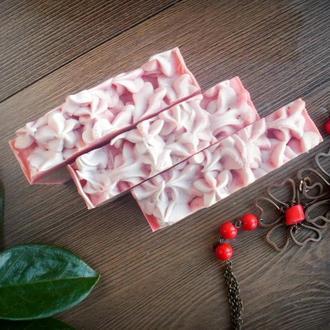 """Натуральное мыло с нуля """"Розовый подарок"""" с белой глиной"""