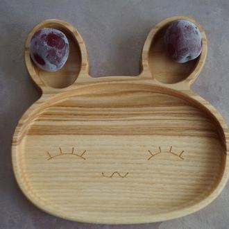 Детская деревянная тарелка в виде зайки 2
