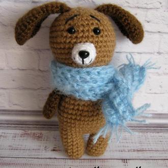 Собачка в шарфике амигуруми