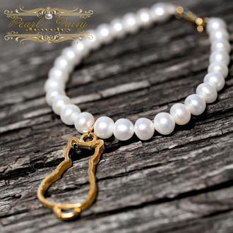 Браслет з натуральних перлів високої якості з підвіскою киця