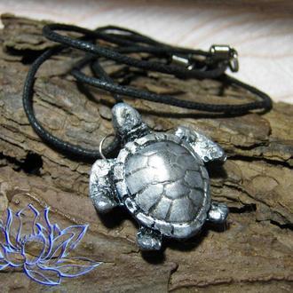 Подвеска с черепахой, холодный фарфор, полимерная глина