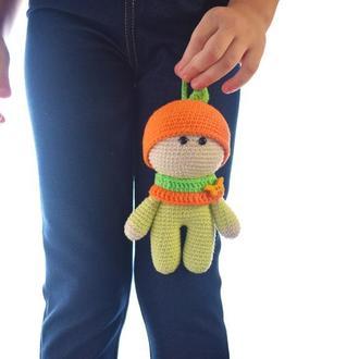Вязаный пупсик-апельсинчик,игрушка для малыша, подарок новорожденному