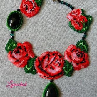 Колье Розы