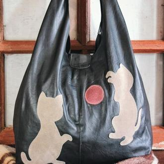 Кожаная сумка-пакет с котиками