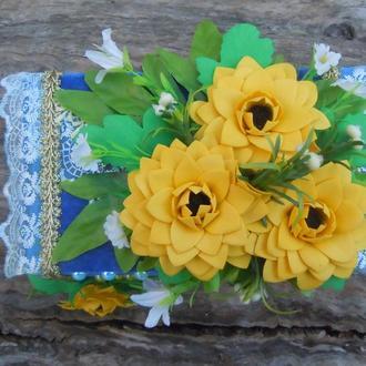 Шкатулка-ларчик  с цветами из ревелюра