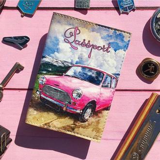 Обложка на паспорт с розовой машиной