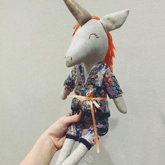Единорог в пижаме