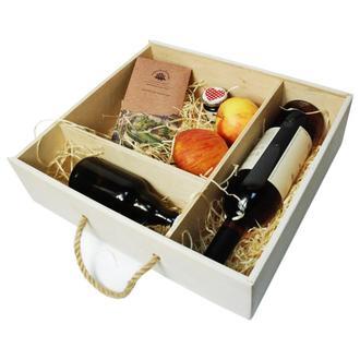 Деревянная коробка для подарков