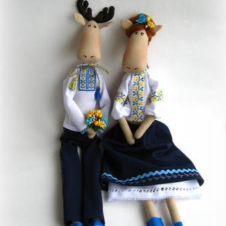 Пара лосиків Українець та Україночка