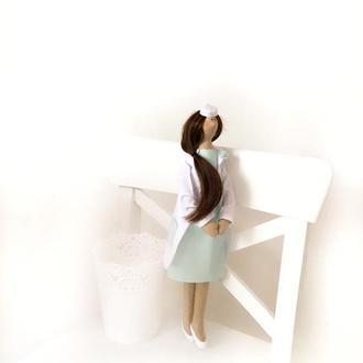 Кукла тильда врач подарок врачу медсестра косметолог педиатр стоматолог медбрат  портретная
