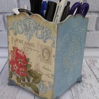 карандашница,органайзер для кистей или косметических принадлежностей/тушь,блески ,корректоры и т.д./