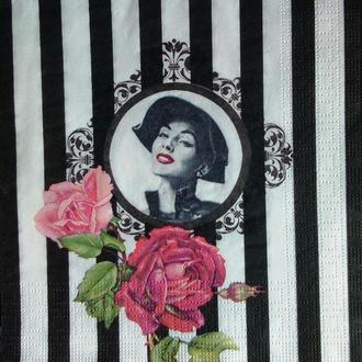 Салфетка для декупажа 33 х 33 Девушка с розами, полосы