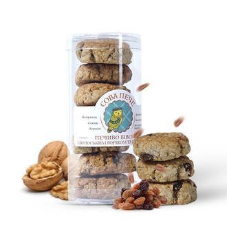 Вівсяне печиво з родзинками та волоським горіхом