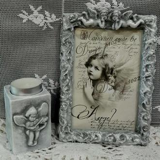 Винтажные рамки для фото с ангелочками.