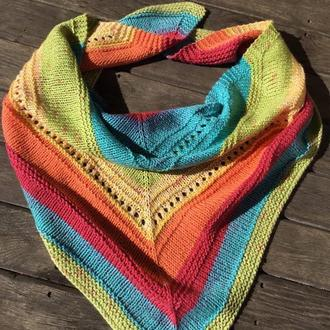 Бактус, треугольный шарф