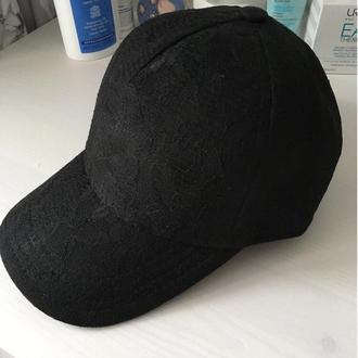 Бейсболка гипюровая черная