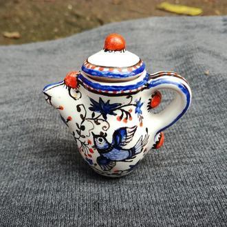 Керамический чайничек. Миниатюра.