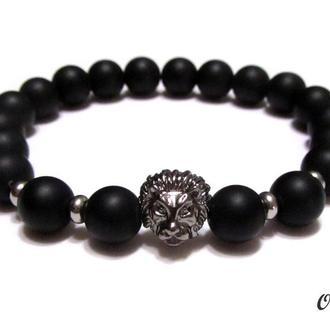 Мужской браслет из натурального камня шунгит и бусина голова льва.