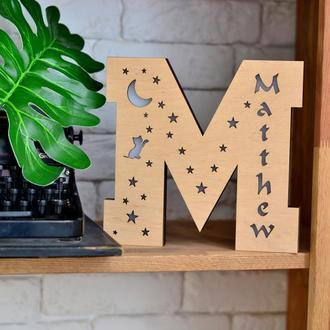 Светильник в форме буквы М - Matthew