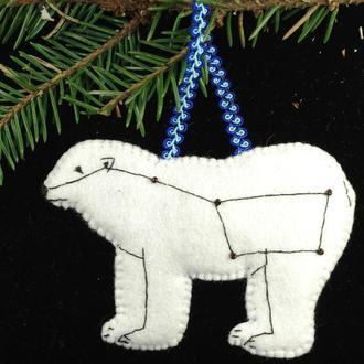 авторская игрушка белый медведь из фетра
