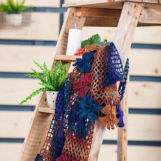 Шаль с цветами сине- терракотовый батик