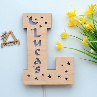 Ночник-буква для новорожденных с именем Lucas