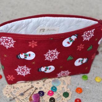 Косметичка Снеговики красные