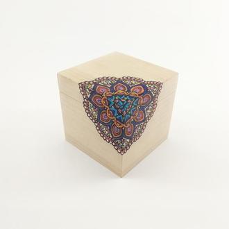 Мини-шкатулка с рисунком