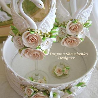 """Свадебные бокалы """" Лебединая верность """" в цвете бежевый  и золото"""