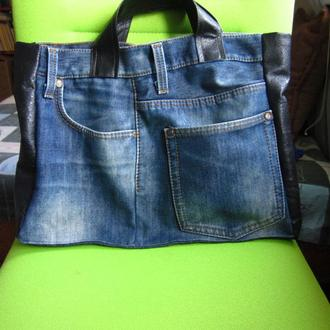Сумка джинсовая с вставками из натуральной кожи