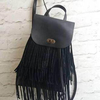 Рюкзак из натуральной кожи CrazyHorse с бахромой. Цвет черный